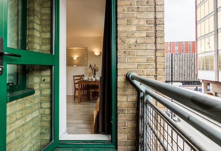 Bright Tower of London Apartment, London, Balkon