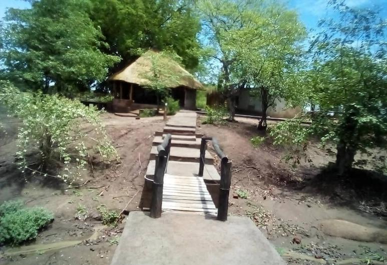 Mophy  Budget  Safari  Lagoon  Camp, Mfuwe, Naktsmītnes teritorija