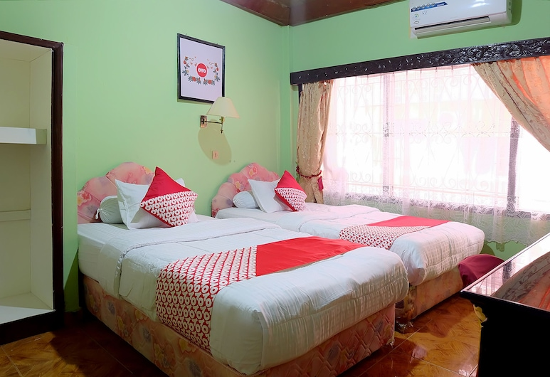 OYO 731 瑪塔哈里 1 飯店, 佔碑, 標準雙床房, 客房
