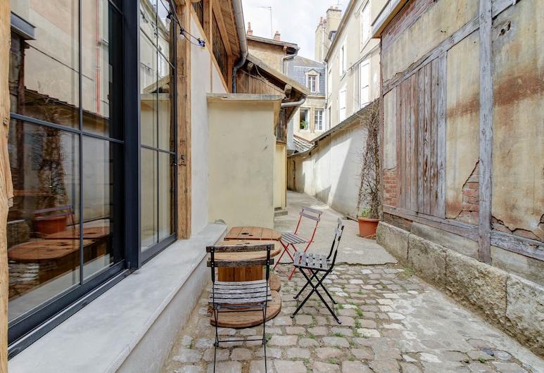 L'Atelier du Chapeau Rouge Cosy & Clean, Dijon, Loft, Taras/patio
