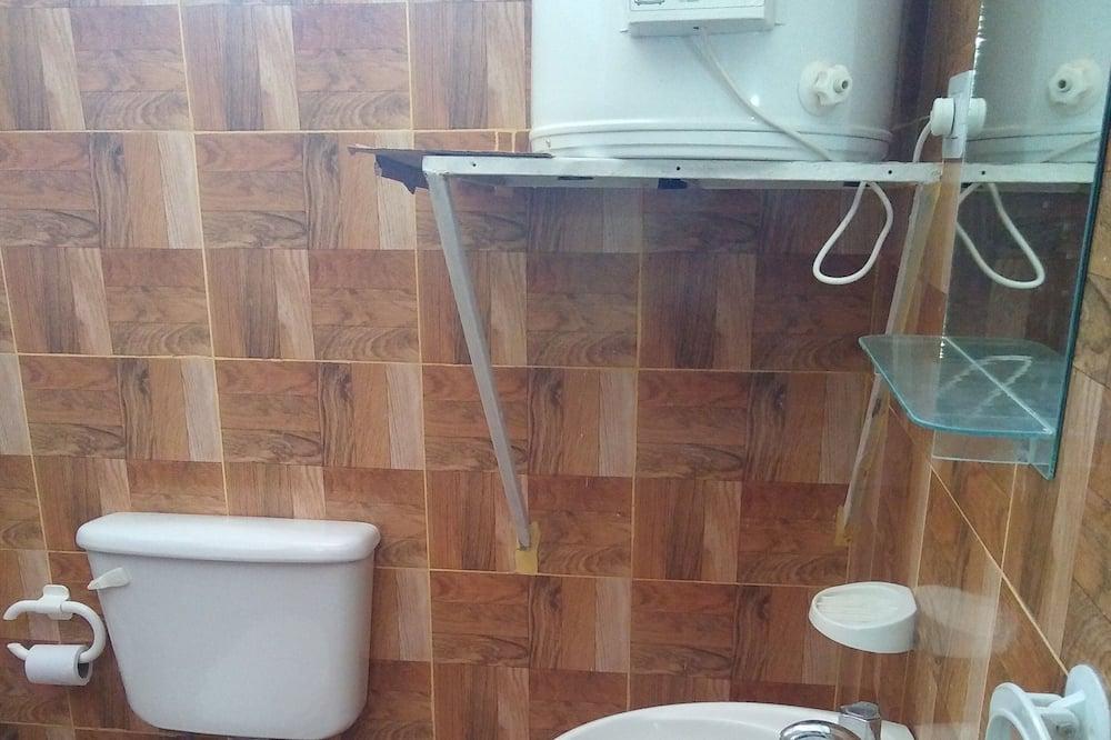 Familienzimmer (3 Beds) - Badezimmer