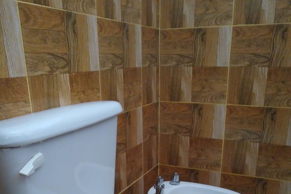 Familienzimmer (4 Beds) - Badezimmer