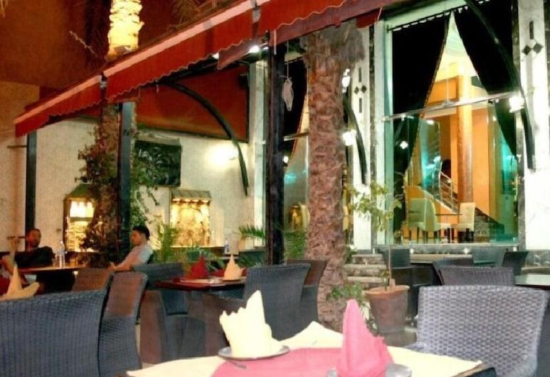 Hotel Benhama Erfoud, Aarab Sebbah Ziz, Restaurante