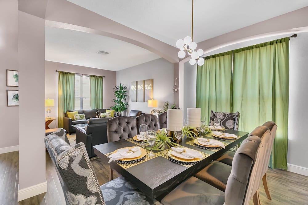 Villa de lujo, varias habitaciones, piscina privada - Servicio de comidas en la habitación