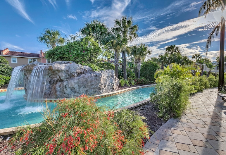 Free Waterpark. 10 min to Disney - luxury townhome, Kissimmee, Buitenzwembad