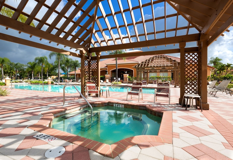 Magical Moments by VillaDirect, Kissimmee, Outdoor Spa Tub