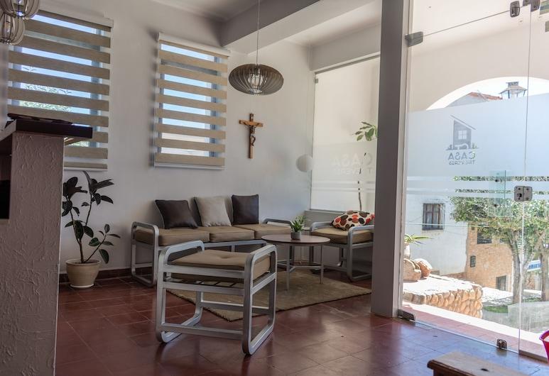 Casa Treveris, Sucre, Meja Sambut Tetamu