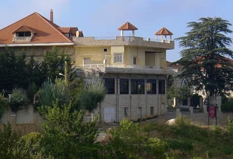 阿爾貝格哈達斯旅館, Hadath El Jebbeh