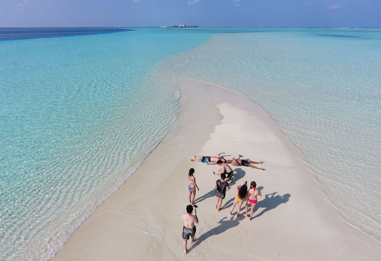 Kaani Palm Beach, Maafushi, Ranta