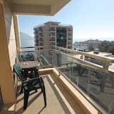 Luxury Apartment, 2 Bedrooms, Sea View - Balcony