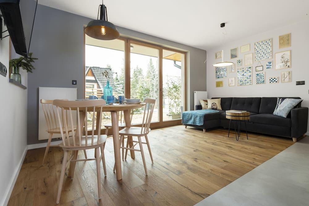 Apartament typu Design, 1 sypialnia, widok na góry, na parterze (2) - Powierzchnia mieszkalna