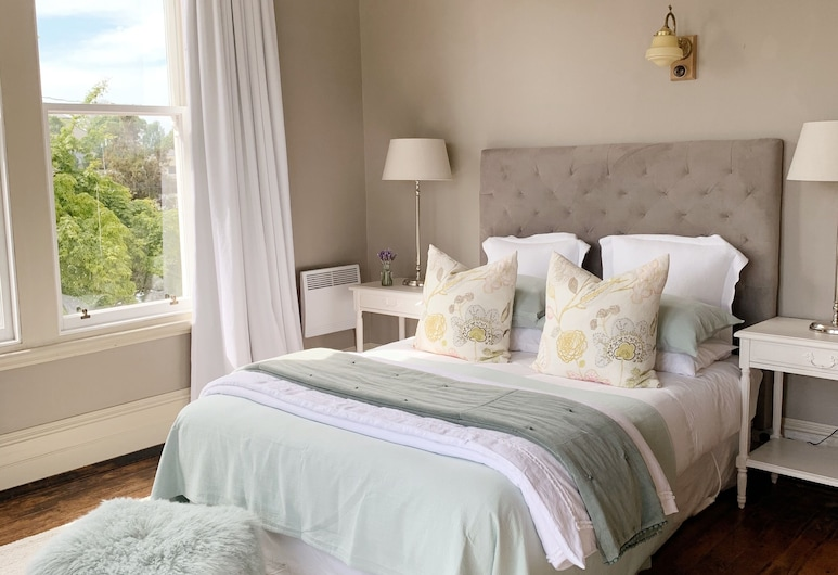 The Vicarage, Oamaru, Luxury Double Room (The Maple Room), Guest Room