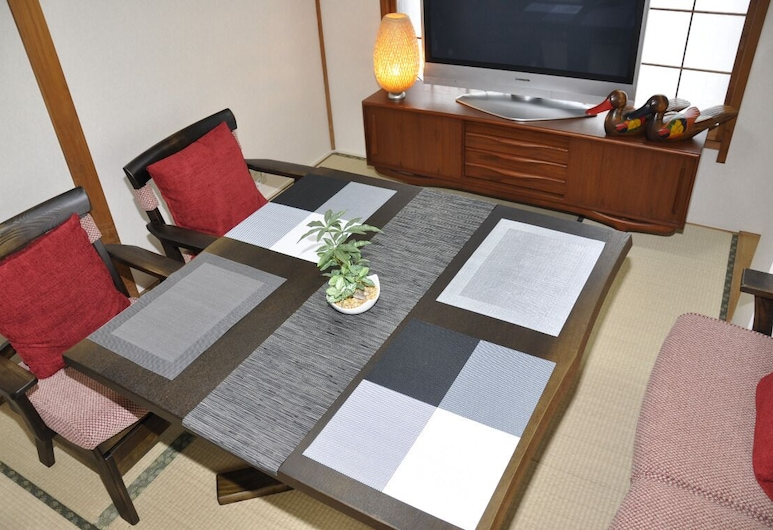 Tokyo Yumemachi Residence Inn, Tokyo, Privately Reserved 5th and 6th Floors, In-Room Dining