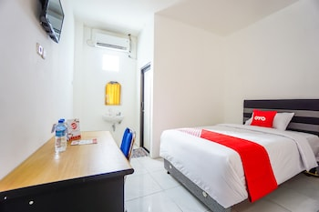 Picture of OYO 1693 Edward Residence Malalayang in Manado