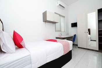 Picture of OYO 1884 Sunshine Hostel in Semarang