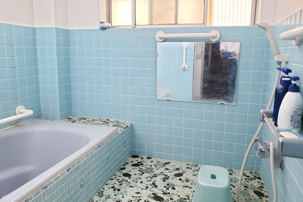 Traditional Oda (Japanese Style, 3 Guests) - Banyo