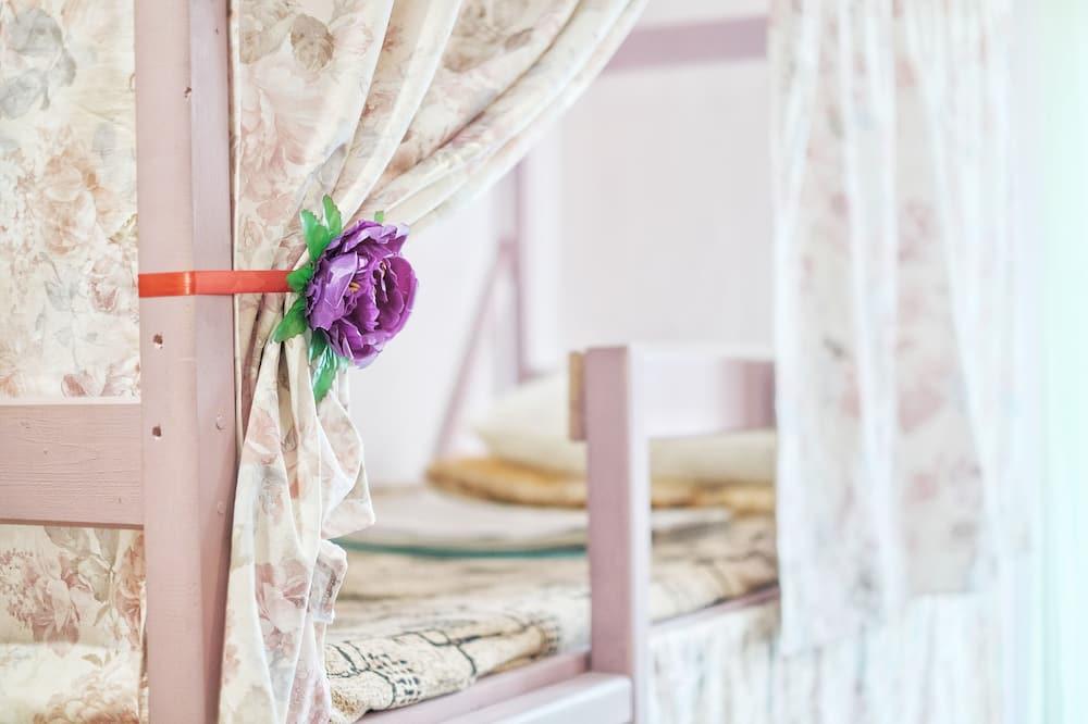 Ubytování ve společné místnosti, pouze pro ženy (Bed in 6-bed Room) - Pokoj