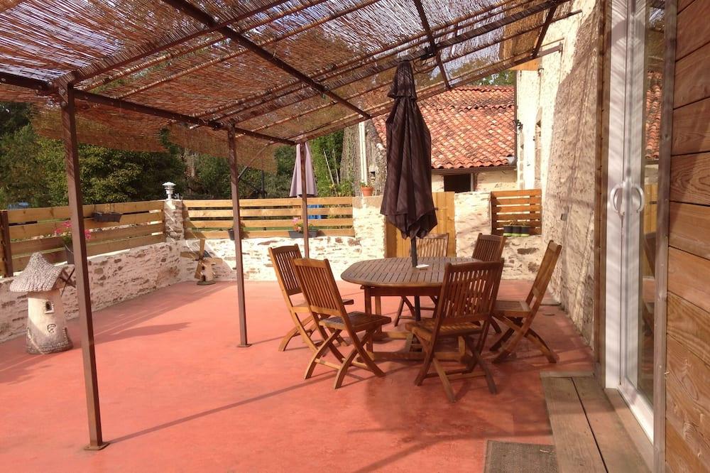 Double Room (Coquelicot) - Terrace/Patio