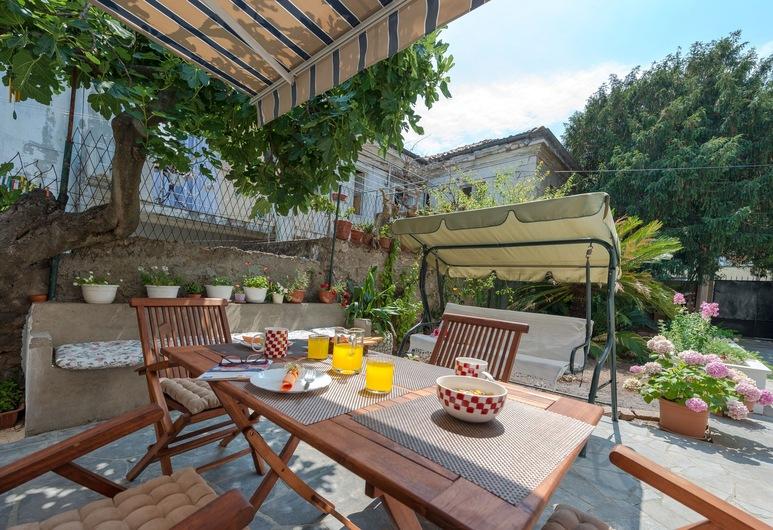 K&L Central Apartments, Dubrovnik, Área para refeição ao ar livre