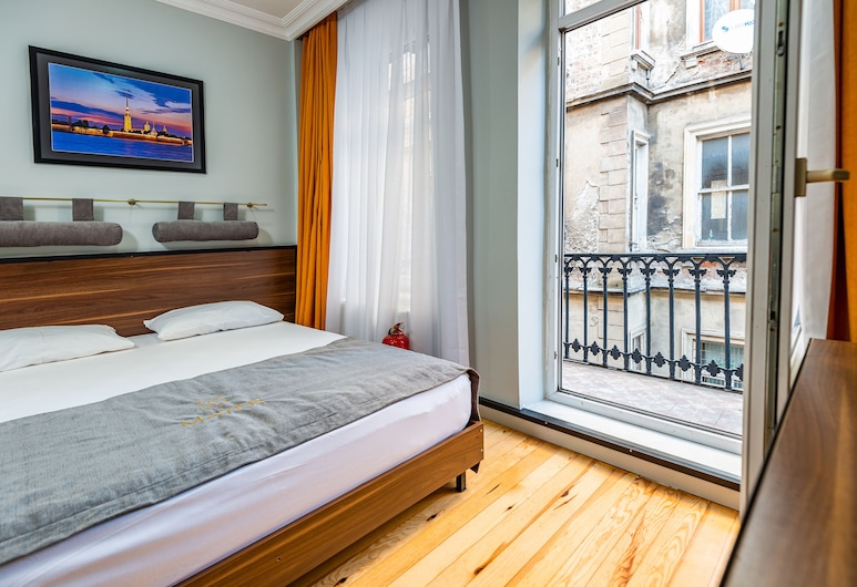 Mayer Select Hotel, Κωνσταντινούπολη, Standard Δίκλινο Δωμάτιο (Double), Μπαλκόνι, Δωμάτιο επισκεπτών