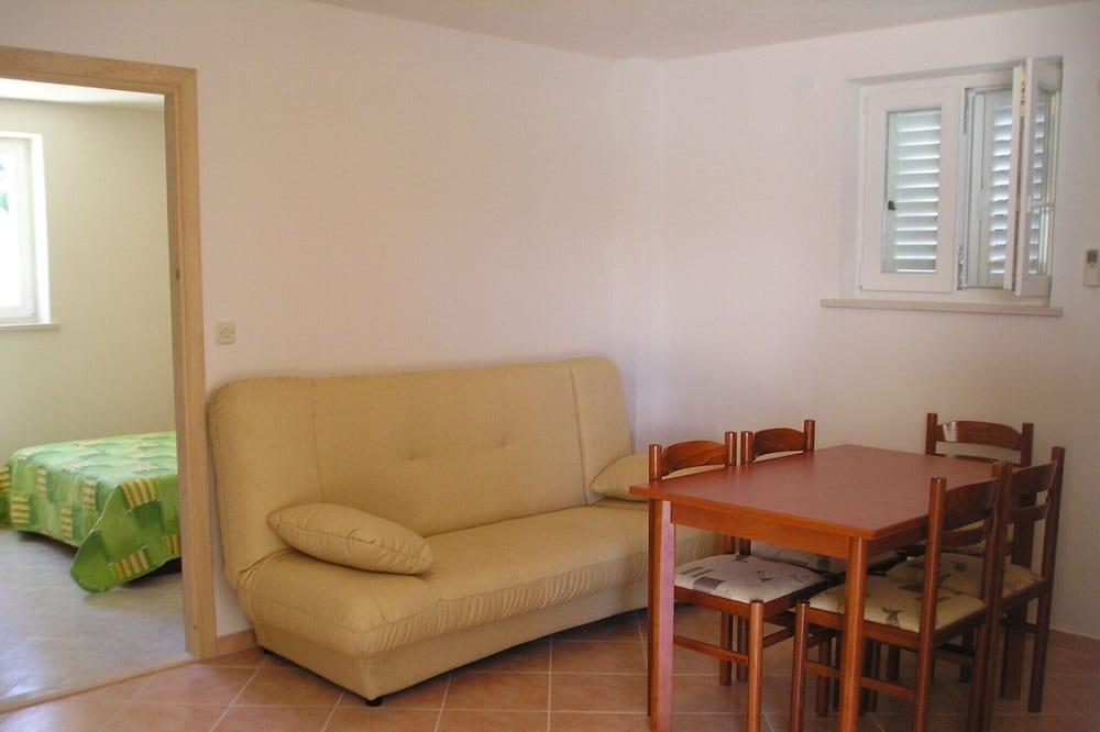 Apartemen, 2 kamar tidur, teras - Area Keluarga