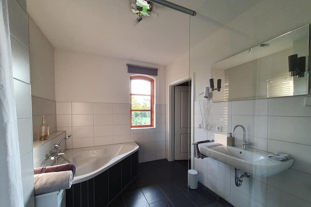 Habitación doble Deluxe, baño privado, vista al jardín (#3 QueenMom im EG) - Baño