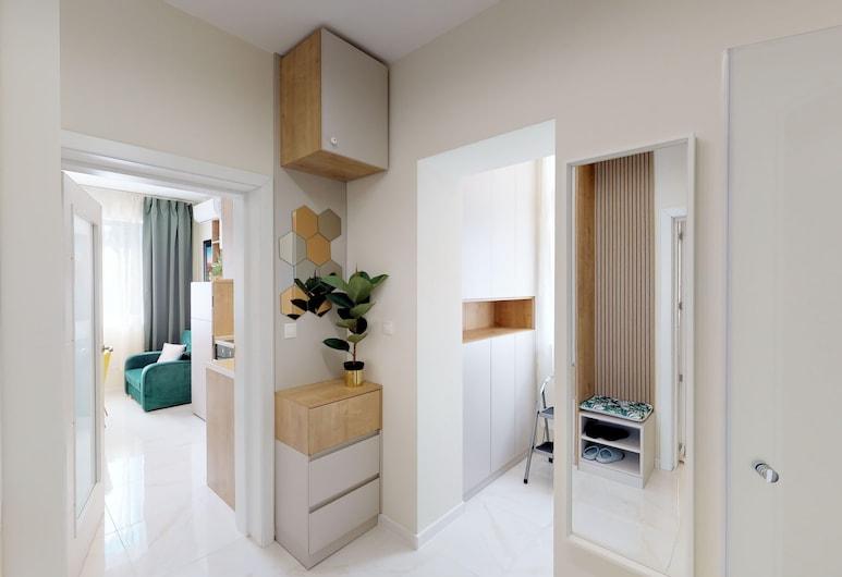 FM Deluxe 2-BDR Apartment - Springtime, Sofija, Vidus