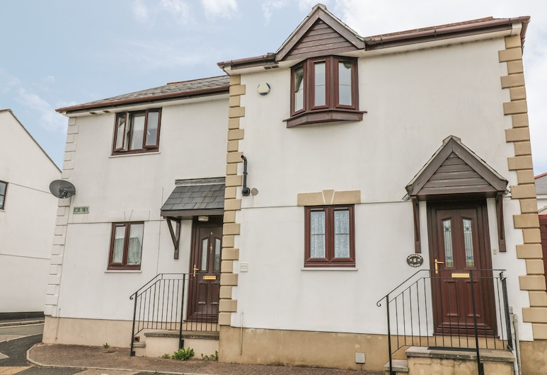 5 Rose Hill Close, Newton Abbot