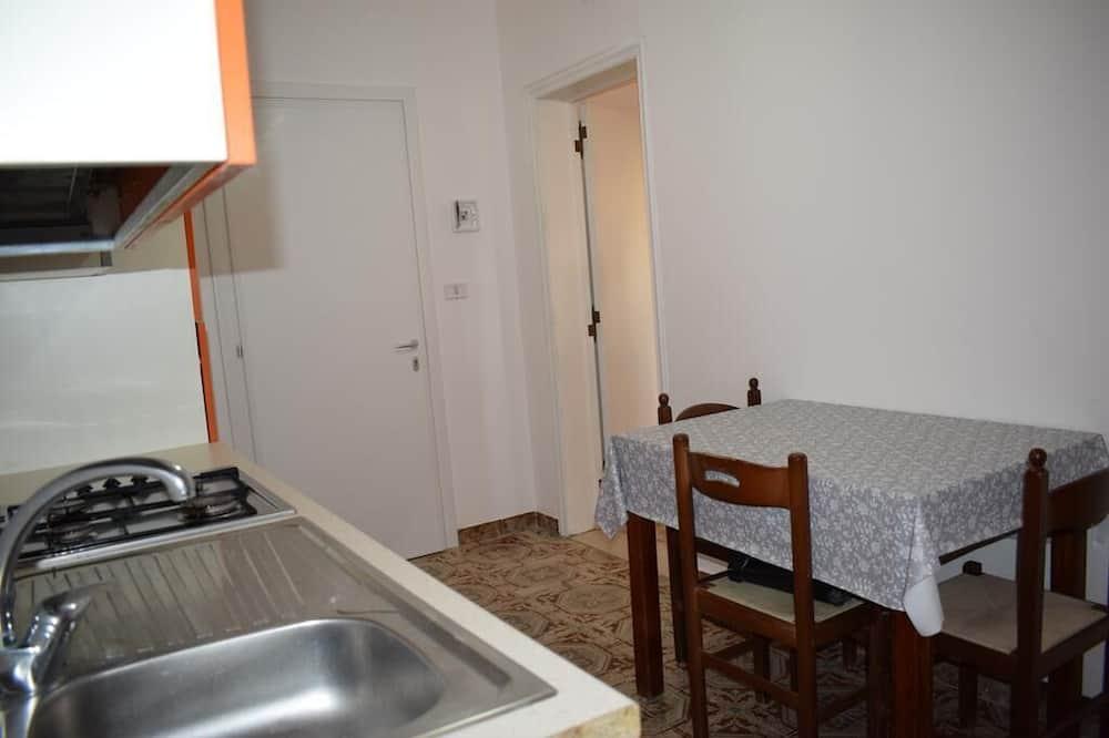 apartman, 1 hálószobával, terasz, kilátással a tengerre - Étkezés a szobában