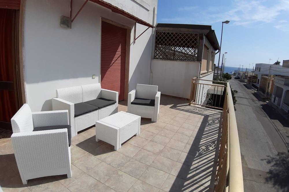 apartman, 1 hálószobával, terasz, kilátással a tengerre - Kiemelt kép