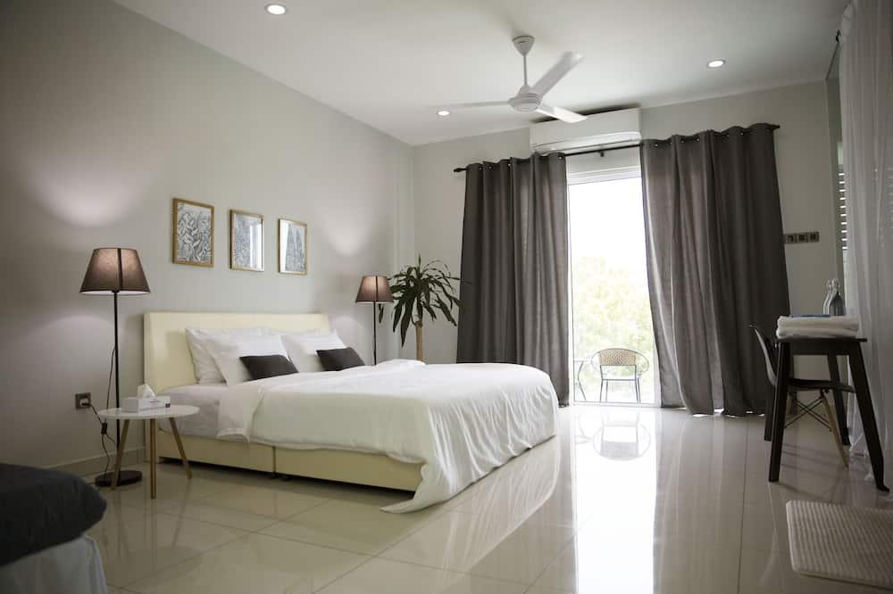 Pent Suite - Guest Room