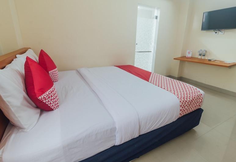 OYO 1448 Mangga Dua Guest House, Ambon, Standard Double Room, Guest Room