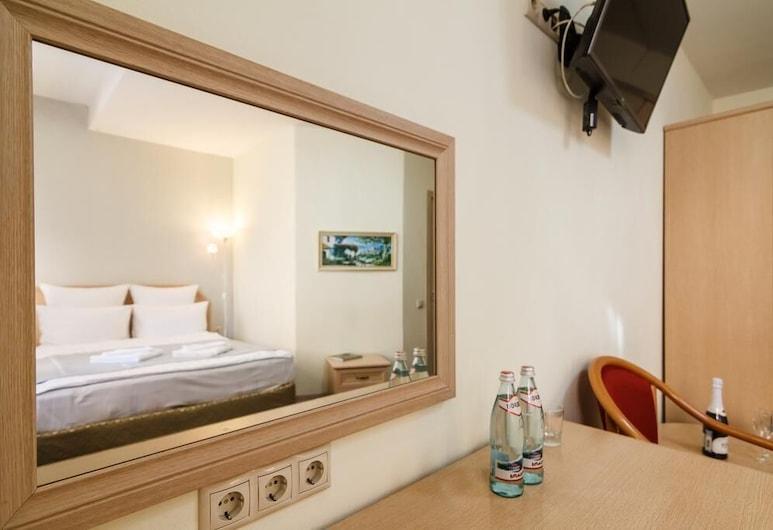 Moscow Comfort hotel, מוסקבה, חדר דה-לוקס זוגי או טווין, חדר אורחים