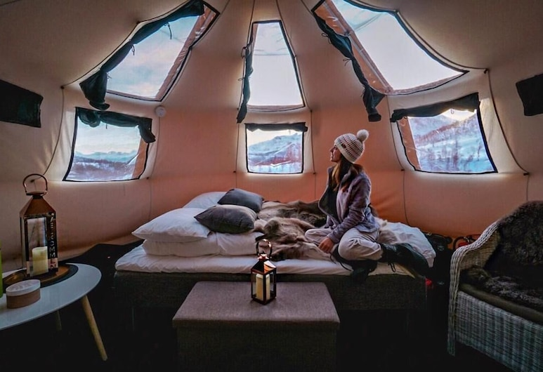 Camp North Tour, Tromso, Luxury Tent, Guest Room