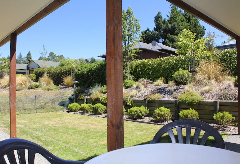 14 St James Avenue, Hanmer Springs, Garden