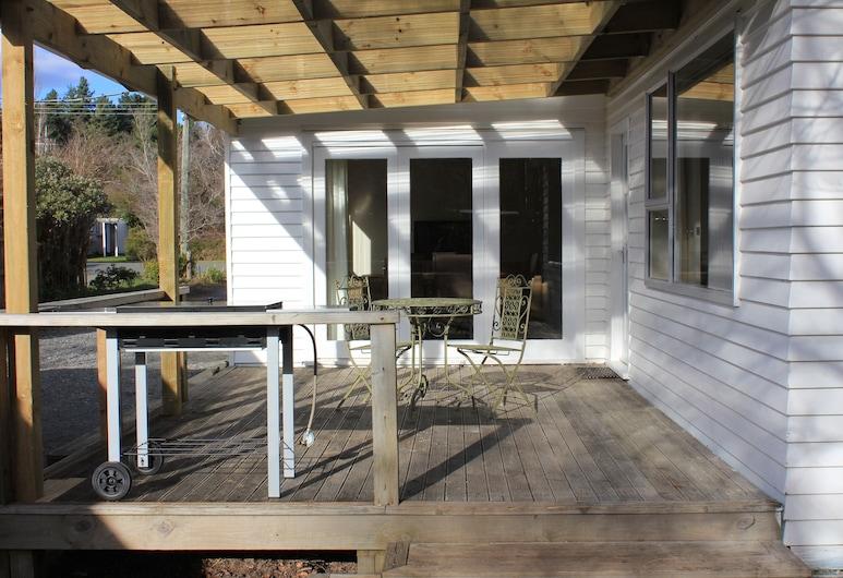 46 Scarborough Tce, Hanmer Springs, Terasa/trijem