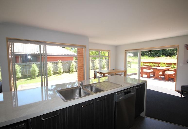 15 Hepburn Lane, Hanmer Springs, House, 4 Bedrooms, Private kitchen