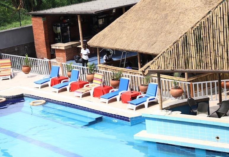 Signatious Hotels & Suites Lagos, Лагос, Басейн