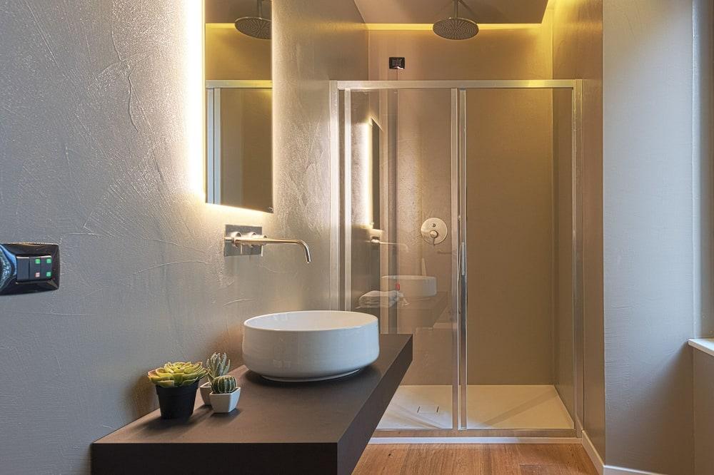 Premium dvokrevetna soba, balkon - Kupaonica