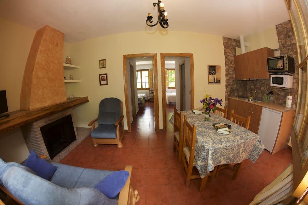 Ferienhaus, 2Schlafzimmer, Terrasse - Wohnzimmer