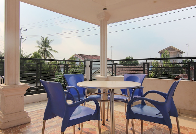 OYO 1456 Hotel Garuda, Terbanggi Besar, Taras/patio