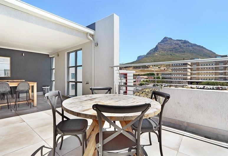The Paragon 317, Cape Town, Apartment, 2 Bedrooms, Terrace/Patio