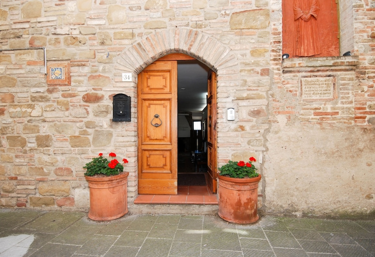 Charming Borgo Medievale Apartment, Perugia