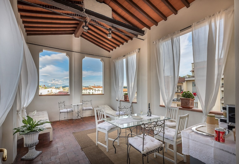 Bandinelli Apartments, Florence, Deluxe Apartment, 1 Bedroom, Terrace/Patio