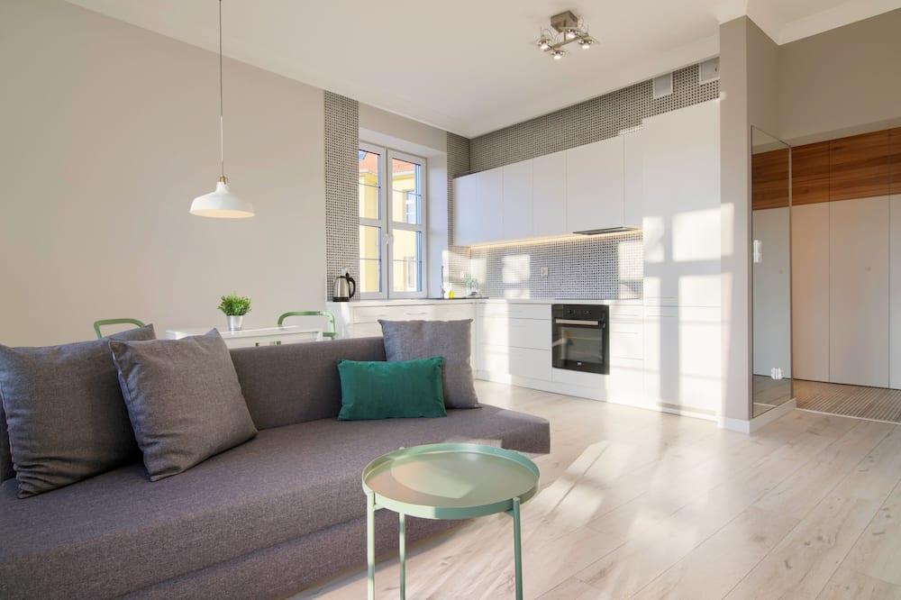 Dzīvokļnumurs, balkons - Dzīvojamā istaba