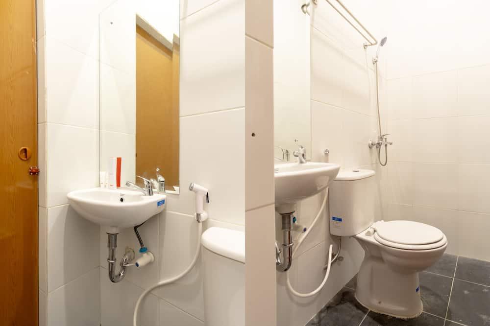 スタンダード ダブルルーム - バスルーム