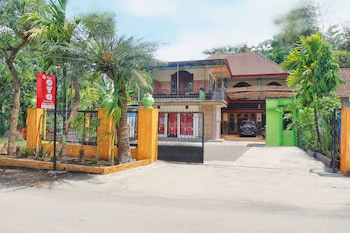Picture of OYO 1689 Sumber Urip Family Homestay in Batu