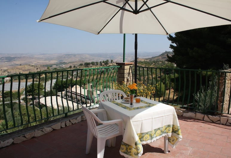 b&b Borgo Pileri, Mazzarino, Terrasse/veranda