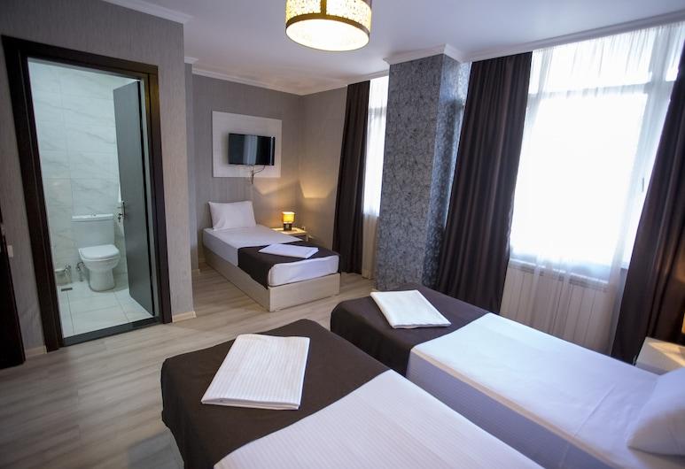 Hotel Batus, Batumi, Comfort Triple Room, Guest Room