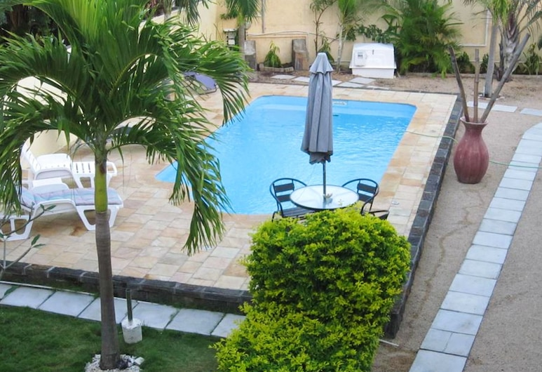 Villa With 3 Bedrooms in Pointe aux Piments, With Wonderful Mountain View, Private Pool, Furnished Terrace, Pointe Aux Piments, Kolam Renang